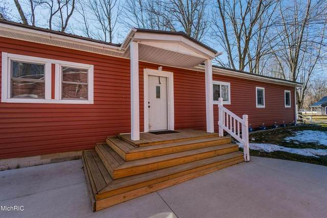 511 Beechwood Ln, OVID TWP, MI 49036 (#53021006354) :: Real Estate For A CAUSE