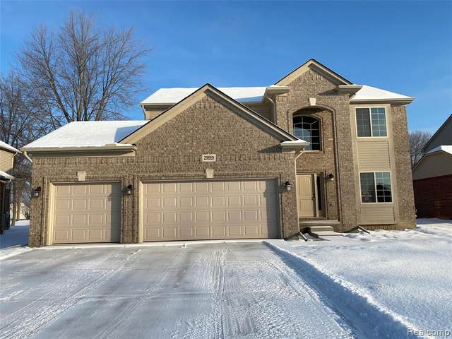 29664 Lockwood Court, Chesterfield Twp, MI 48051 (#2210014010) :: Duneske Real Estate Advisors