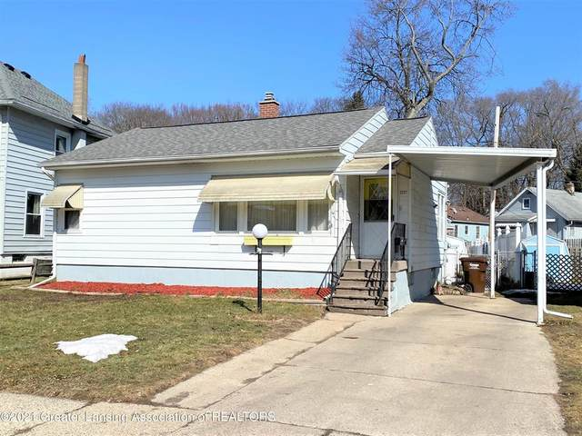 2227 Strathmore Road, Lansing, MI 48910 (#630000253444) :: The Mulvihill Group