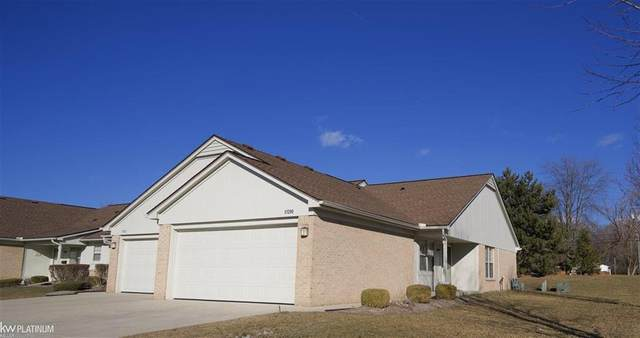 51298 ELLY DRIVE, Chesterfield Twp, MI 48051 (#58050035539) :: Alan Brown Group