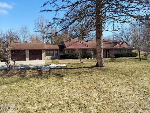 1601 S 11th Street, Niles Twp, MI 49120 (#69021006592) :: The Mulvihill Group