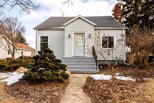 9647 Maplewood Avenue, Bridgman, MI 49106 (#69021006647) :: GK Real Estate Team