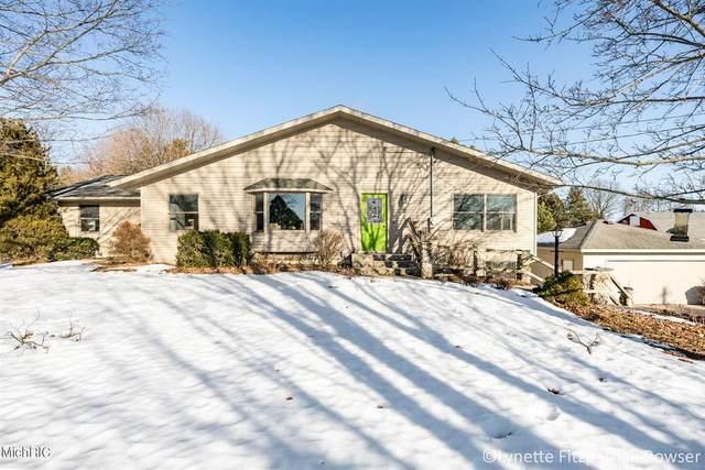 8054 Myers Lake Avenue NE, Cannon Twp, MI 49341 (#65021006723) :: GK Real Estate Team