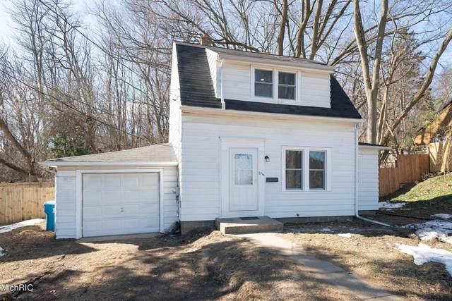 1710 Merrill Street, Kalamazoo, MI 49008 (#66021006781) :: The Alex Nugent Team | Real Estate One