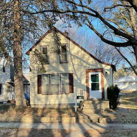 756 Sinclair Avenue NE, Grand Rapids, MI 49503 (#65021006951) :: The Mulvihill Group