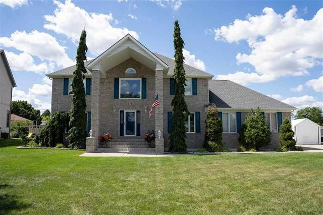 572 Chasseur Dr, Grand Blanc, MI 48439 (MLS #5050035807) :: The John Wentworth Group