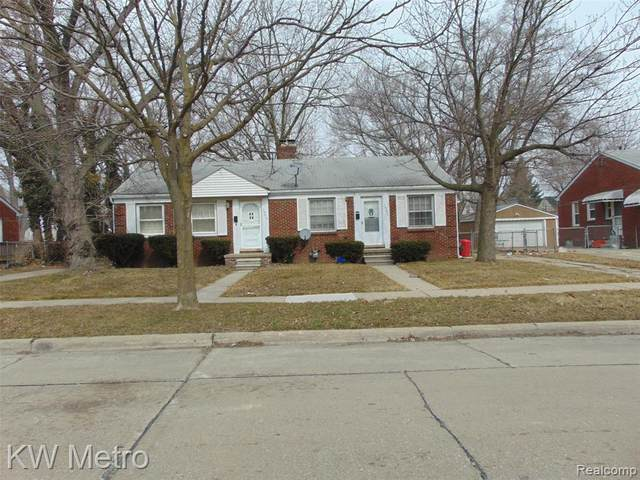 19215 Roscommon Street, Harper Woods, MI 48225 (#2210015677) :: Real Estate For A CAUSE