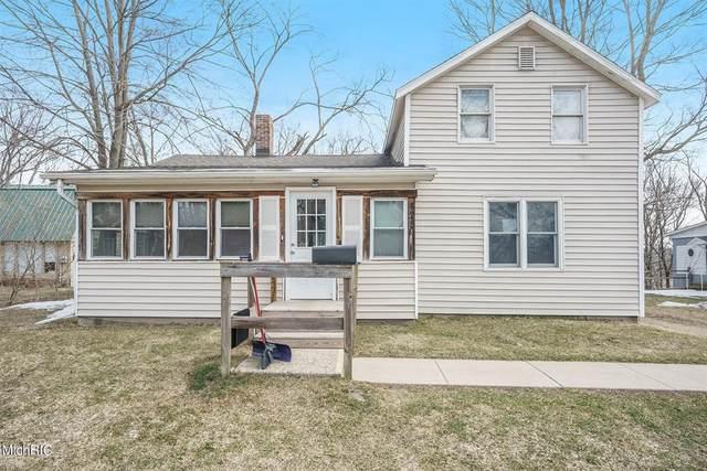 425 S Cedar Street, Allegan, MI 49010 (#66021007678) :: Robert E Smith Realty