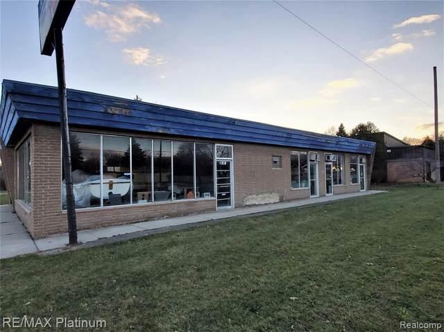 4155 Corunna Road, Flint Twp, MI 48532 (#2210017222) :: The Alex Nugent Team | Real Estate One
