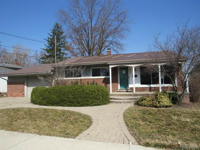 828 W Baker Avenue, Clawson, MI 48017 (#2210017692) :: Duneske Real Estate Advisors