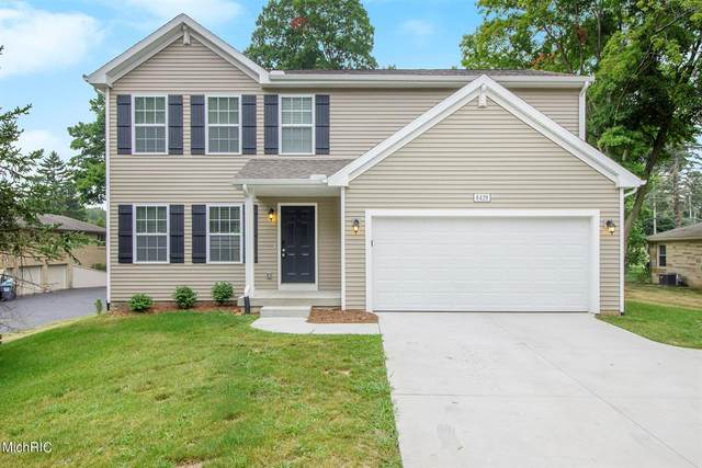 11595 Heritage Lane, MONTCALM TWP, MI 49326 (#65021008418) :: Real Estate For A CAUSE