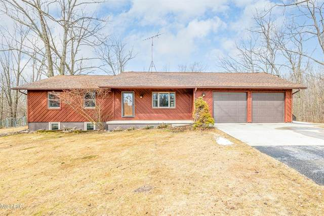 12621 160th Avenue, COLFAX TWP, MI 49307 (#72021008719) :: Real Estate For A CAUSE