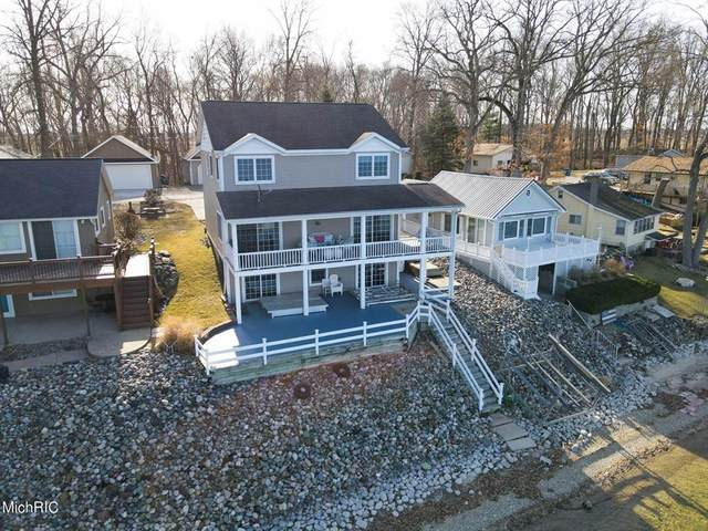 820 Shawnee Beach Dr, GILEAD TWP, MI 49028 (#62021008761) :: The Alex Nugent Team | Real Estate One