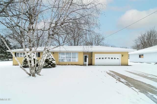 713 Wall Street, East Lake Vlg, MI 49660 (#67021008765) :: GK Real Estate Team