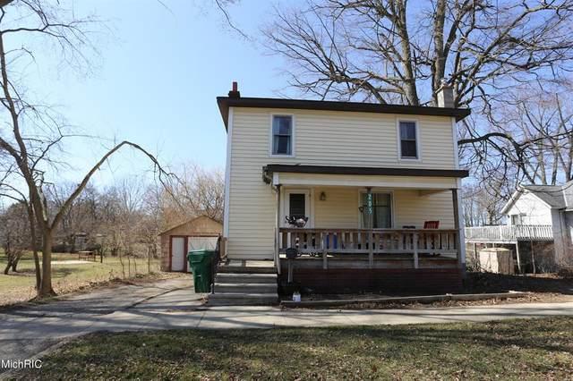 205 S Lincoln Avenue, Three Rivers, MI 49093 (#65021009342) :: GK Real Estate Team