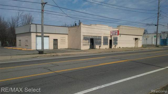 3302 Corunna Road, Flint, MI 48503 (#2210020102) :: The Alex Nugent Team | Real Estate One