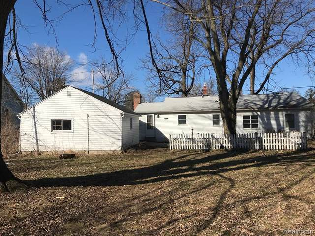 1031 W State, East Lansing, MI 48906 (#2210020334) :: The Alex Nugent Team | Real Estate One