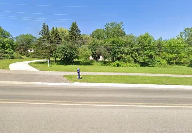 4060 N Squirrel Rd., Lake Orion, MI 48359 (#58050037337) :: GK Real Estate Team