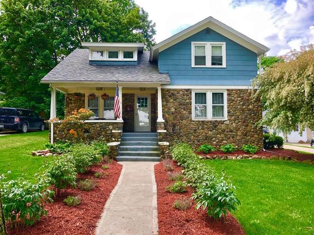 213 W Middle Street, Chelsea, MI 48118 (#543279705) :: The Alex Nugent Team   Real Estate One