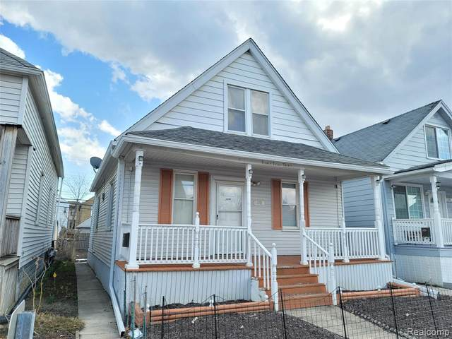 2320 Whalen Street, Hamtramck, MI 48212 (#2210020509) :: The Alex Nugent Team | Real Estate One