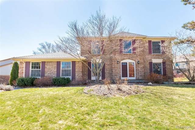 45583 Falmouth Avenue, Novi, MI 48374 (#2210020697) :: Duneske Real Estate Advisors