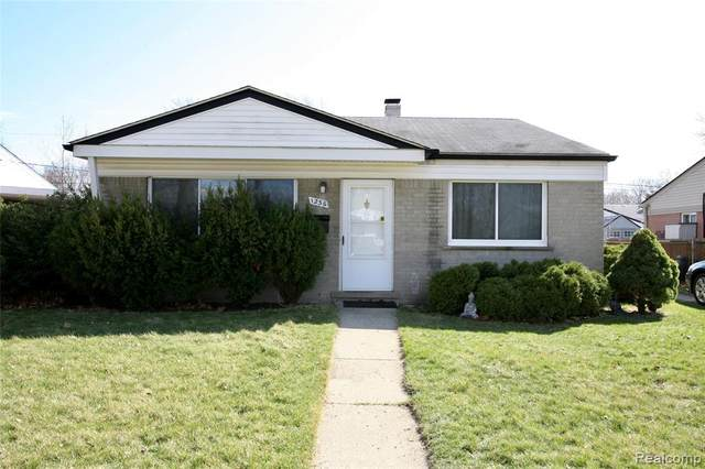 1236 Jerry Avenue, Madison Heights, MI 48071 (#2210020876) :: Alan Brown Group