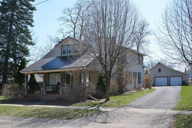 114 Cedar Street, Paw Paw Vlg, MI 49079 (#69021010024) :: Real Estate For A CAUSE