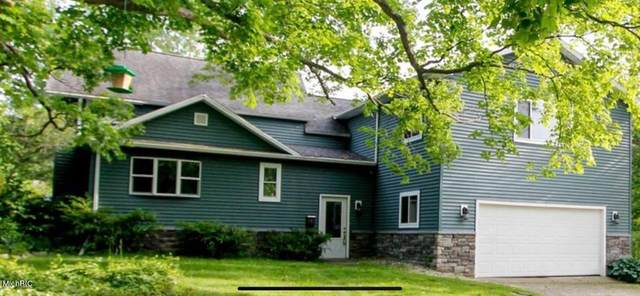 707 W Liberty Street, Belding, MI 48809 (#65021010037) :: Real Estate For A CAUSE