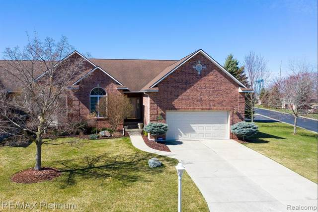 1518 Wildwood Court #37, Flint Twp, MI 48532 (MLS #2210021039) :: The John Wentworth Group