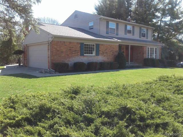 15788 Robinwood Drive, Northville Twp, MI 48168 (#2210021430) :: Duneske Real Estate Advisors