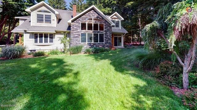 3059 Lakeside Drive, DOUGLAS VLLG, MI 49406 (#71021010292) :: RE/MAX Nexus