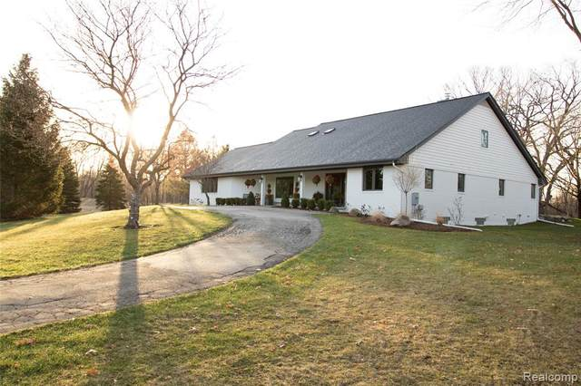 13705 Trinkle Road, Lima Twp, MI 48118 (#2210021815) :: Real Estate For A CAUSE