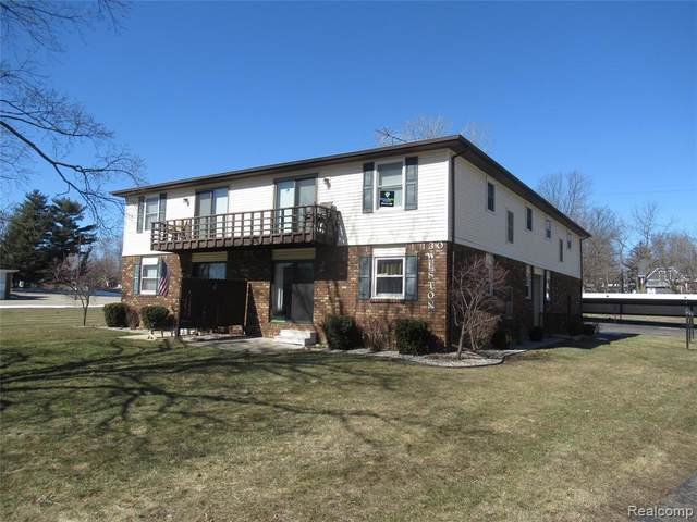 130 Weston St Apt 6 Street, Imlay City, MI 48444 (#2210022012) :: Real Estate For A CAUSE