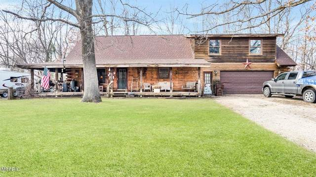 17230 Apache Trail, Winfield Twp, MI 49329 (#72021010597) :: Novak & Associates