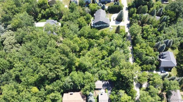 00 Blue Jay Way, West Bloomfield Twp, MI 48322 (#2210022262) :: RE/MAX Nexus