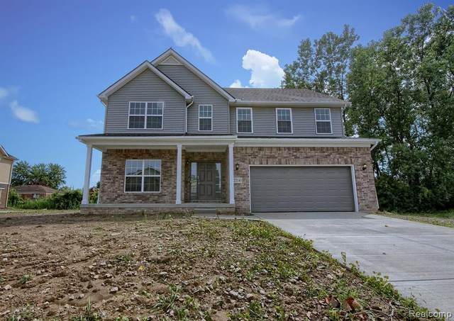 3204 Eastridge Drive, Dexter, MI 48130 (#2210022479) :: Duneske Real Estate Advisors