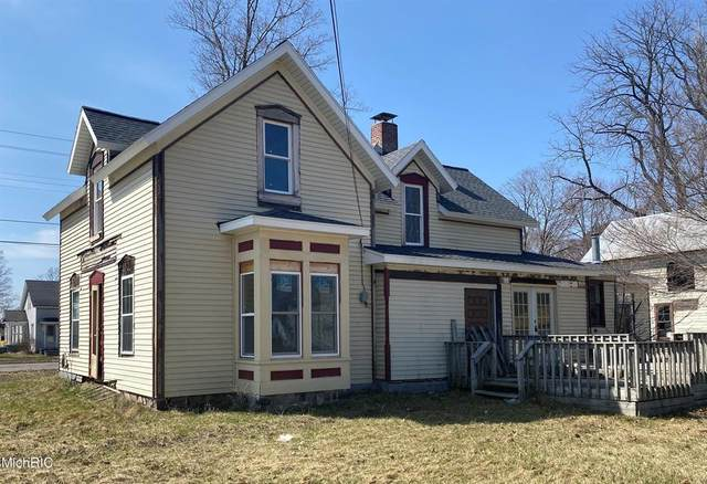 516 5th Street, Evart, MI 49631 (#72021010802) :: Real Estate For A CAUSE