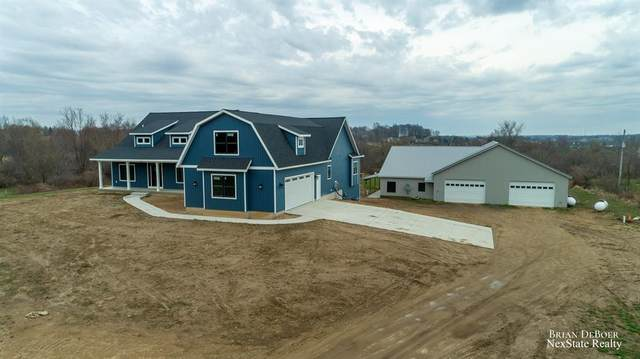 1672 8th Avenue, Jamestown Twp, MI 49315 (#65021010982) :: Novak & Associates