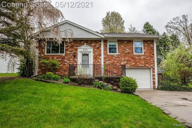 214 Lyon Boulevard, South Lyon, MI 48178 (#2210023097) :: Real Estate For A CAUSE