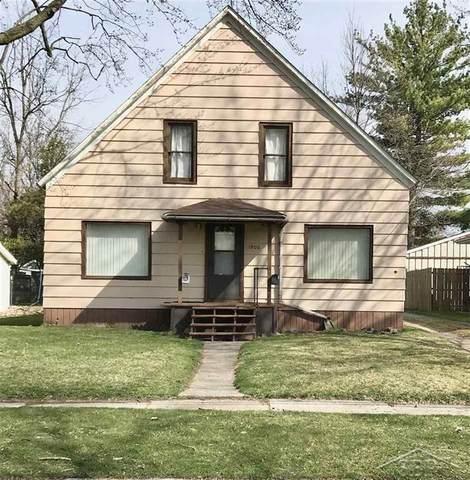 1906 Maine St, Saginaw, MI 48602 (#61050038198) :: The Mulvihill Group