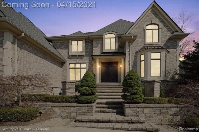 17900 Parkshore Drive, Northville Twp, MI 48168 (#2210023392) :: Duneske Real Estate Advisors