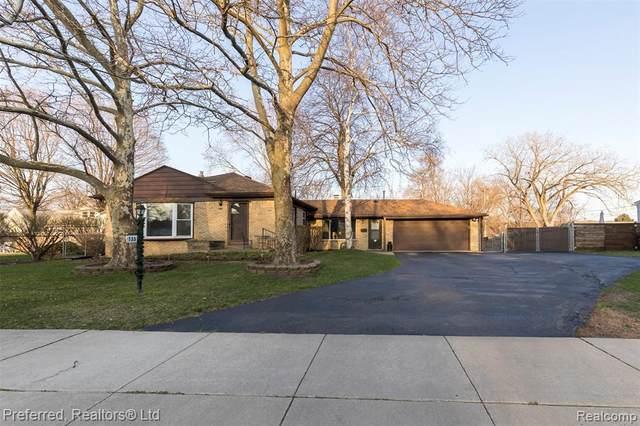 733 S Webik Avenue, Clawson, MI 48017 (#2210023440) :: The Alex Nugent Team | Real Estate One