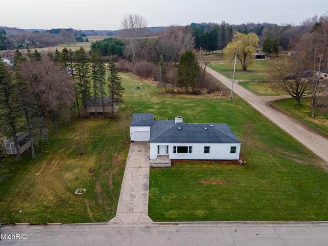 279 W Church Street, Wheatland Twp, MI 49340 (MLS #72021011182) :: The John Wentworth Group