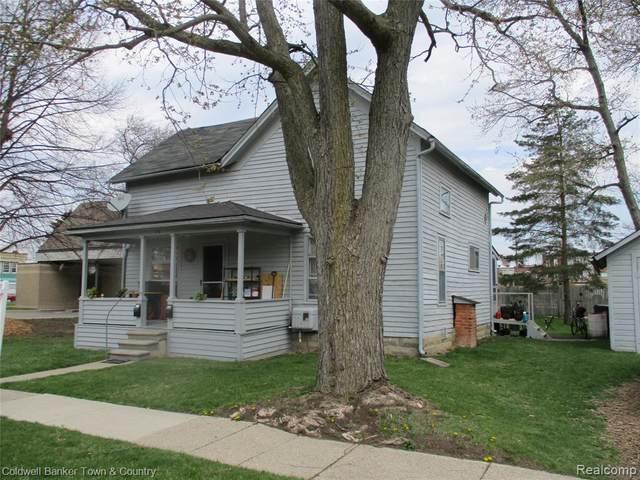116 E Washington Street, Howell, MI 48843 (MLS #2210023589) :: The John Wentworth Group