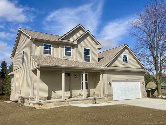 26254 Pine Gate, Chesterfield Twp, MI 48051 (#58050038290) :: Real Estate For A CAUSE
