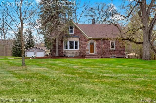 30533 6 MILE Road, Livonia, MI 48152 (#2210023791) :: GK Real Estate Team