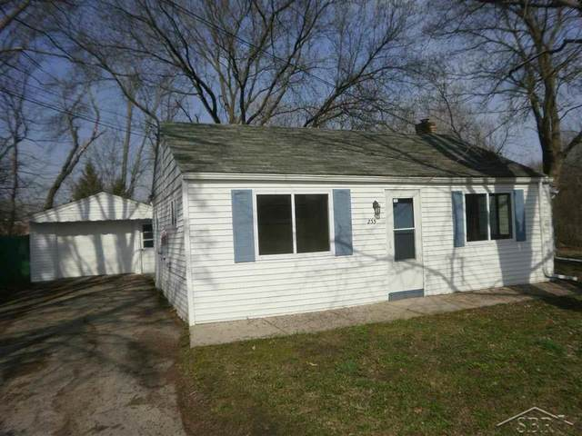 233 Harrison Dr, Thomas Twp, MI 48609 (#61050038346) :: Real Estate For A CAUSE