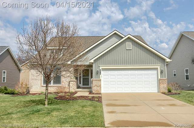 2610 Willowcrest Circle, Oceola Twp, MI 48843 (#2210023900) :: The Mulvihill Group