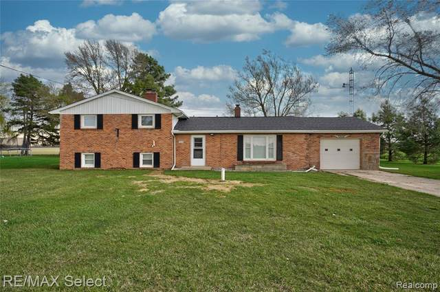 8259 Van Vleet Road, Gaines Twp, MI 48436 (#2210024153) :: Duneske Real Estate Advisors