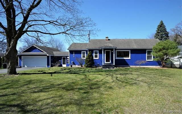 15617 Shadyside Street, Livonia, MI 48154 (#2210024314) :: GK Real Estate Team